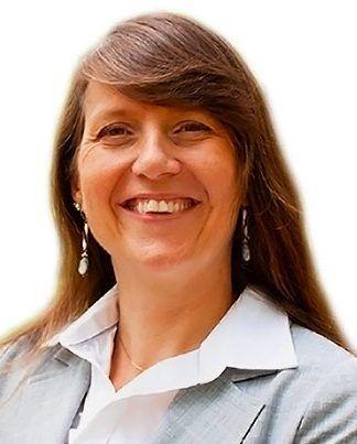 Eve-Lacoursiere-chef-de-bureau-de-projets-laval-innov